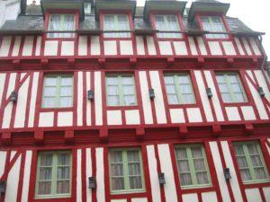 Peinture de bâtiment à Colombage